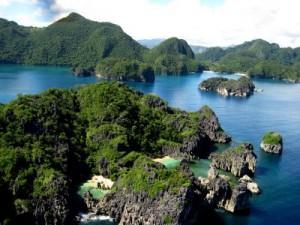 caramoan lagons philippines voyage