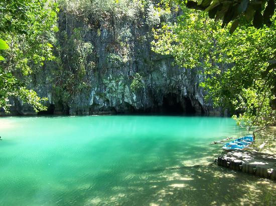 La rivière souterraine Puerto Princesa stimule le tourisme à Palawan